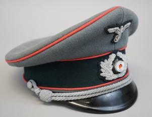 Bullion Heer Peaked Cap Insignia Set